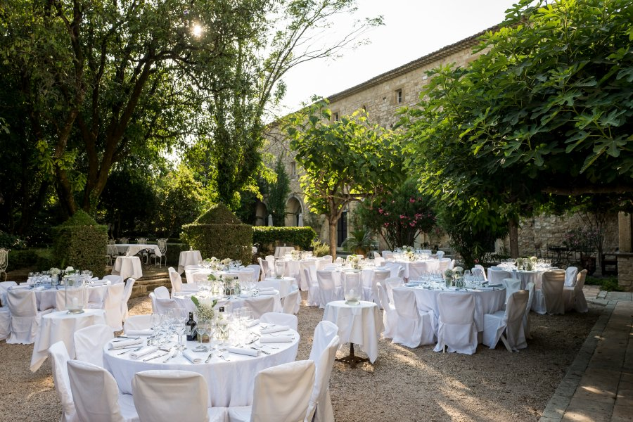 chateau,uzes,mariage. Posted in